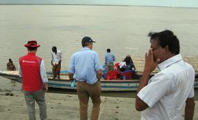 매달 이사하는 방글라데시인들에게 희망을 선물합니다.