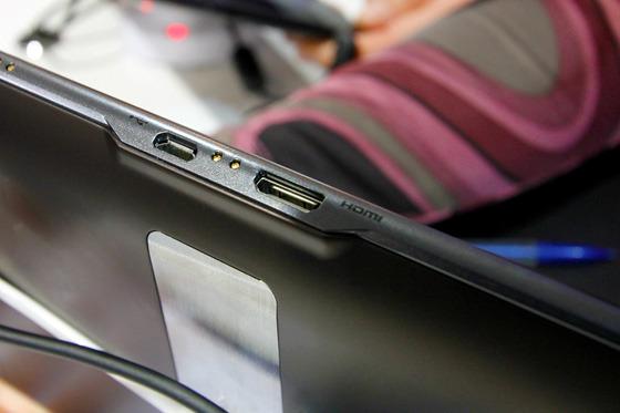 LG Optimus Pad 제품 사진