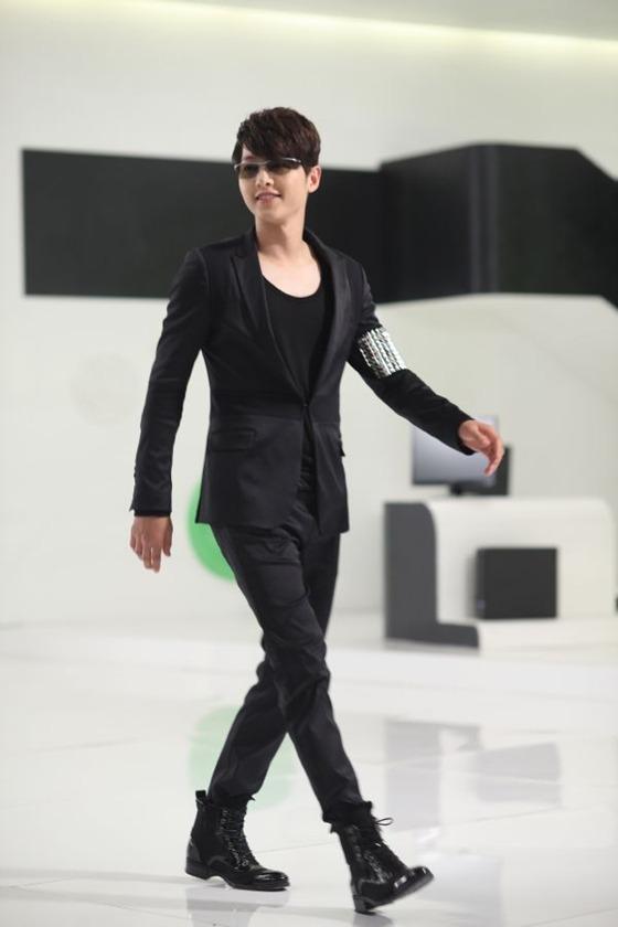 송중기 사진