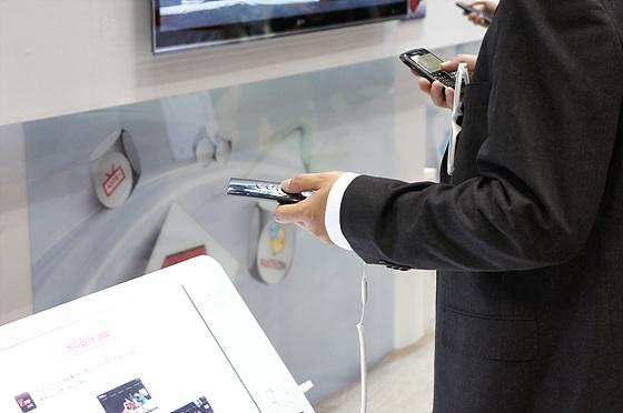 LG 시네마 3D 스마트 TV 체험 모습