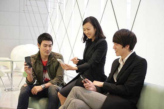 LG 옵티머스LTE 디자인팀 사진